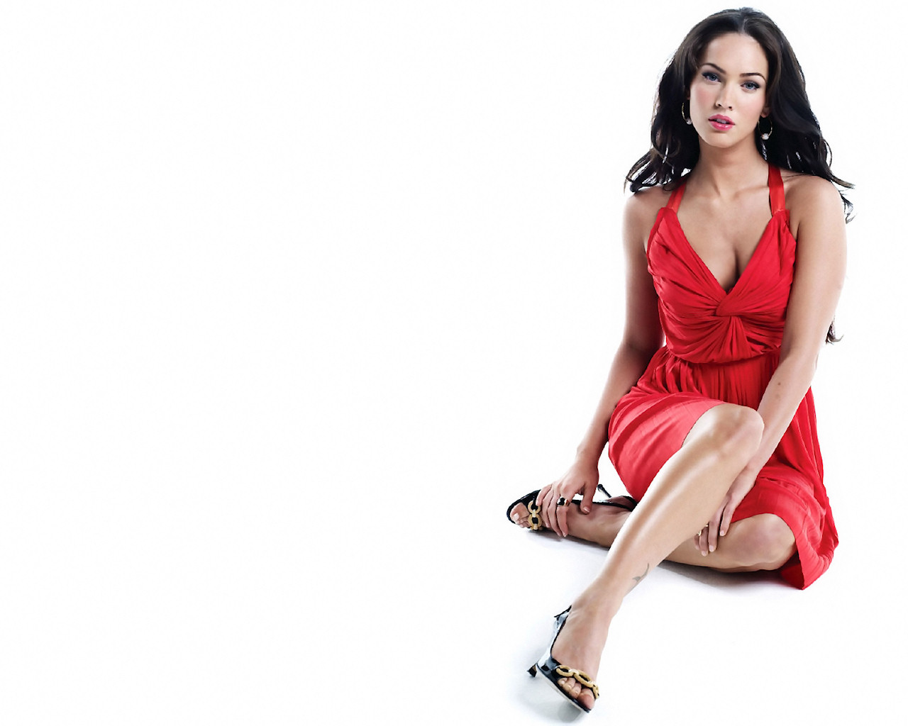 Megan Fox red dress wallpapers 1280×1024 - Obama Pacman