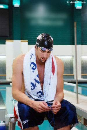 Michael Phelps using Apple iPod at pool