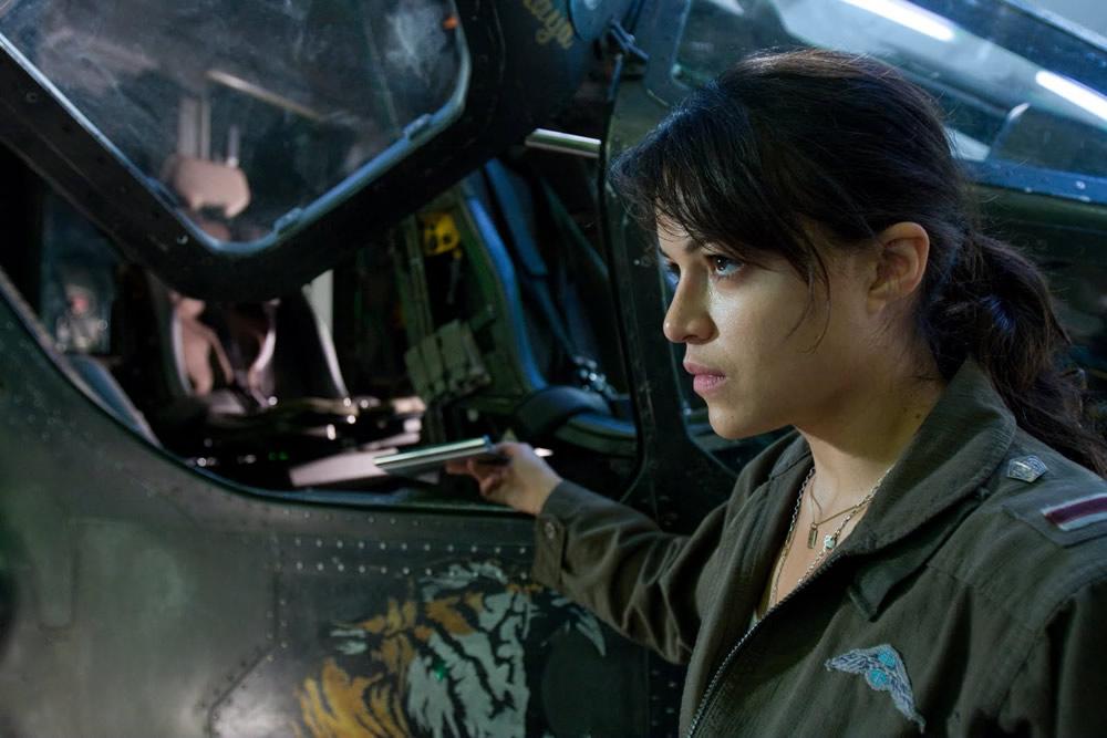 Michelle Rodriguez (Avatar / Lost) Actress, Mac Celebrity ...