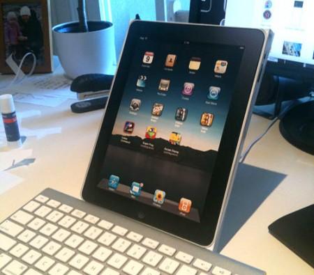 DIY iPad papercraft mockup v1 Jess Silverstone