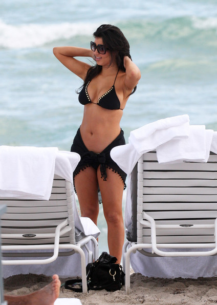 kim kardashian beach