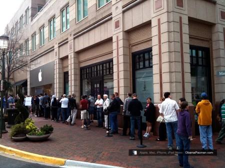 Reston Apple Store, iPad launch day line, queue photos 0441