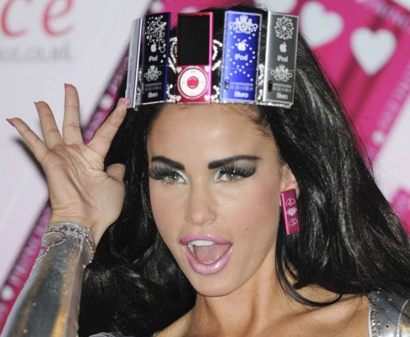 Katie Price Likes Apple iPod