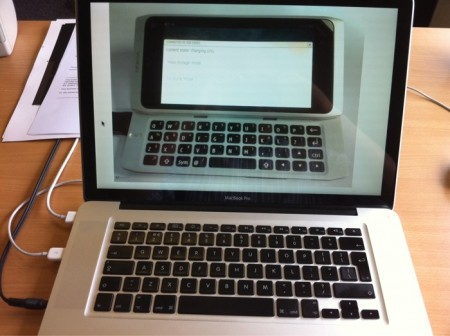 Nokia n9 phone copies Apple MacBook Pro