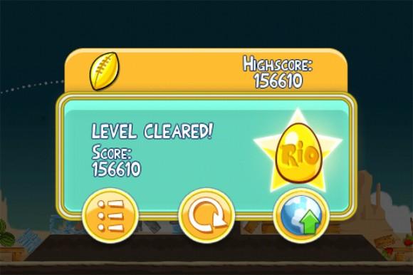 Angry Birds Rio Football Trophy Golden Egg