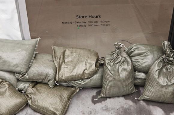 Apple Store Gunmetal Designer Sandbags Hurricane Irene