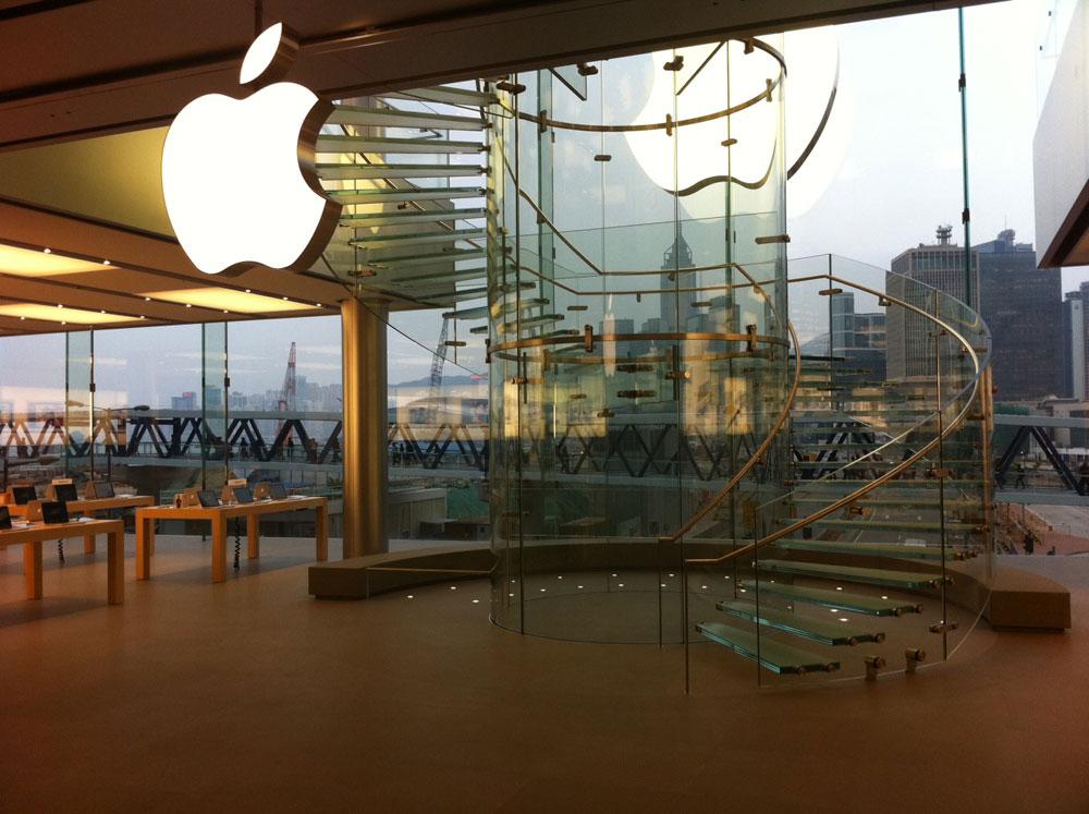 Merveilleux Glass Staircase, Hong Kong Apple Store