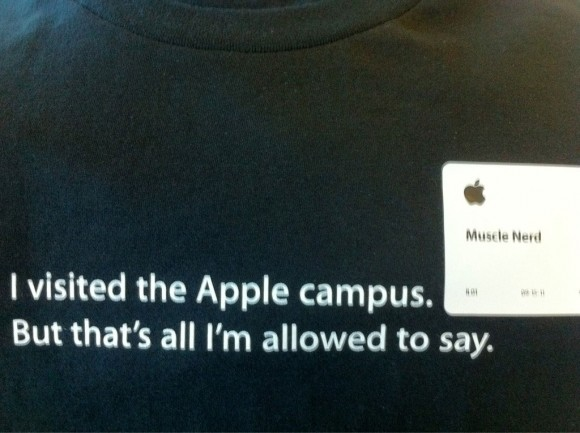 MuscleNerd Apple Headquarters visit T-Shirt