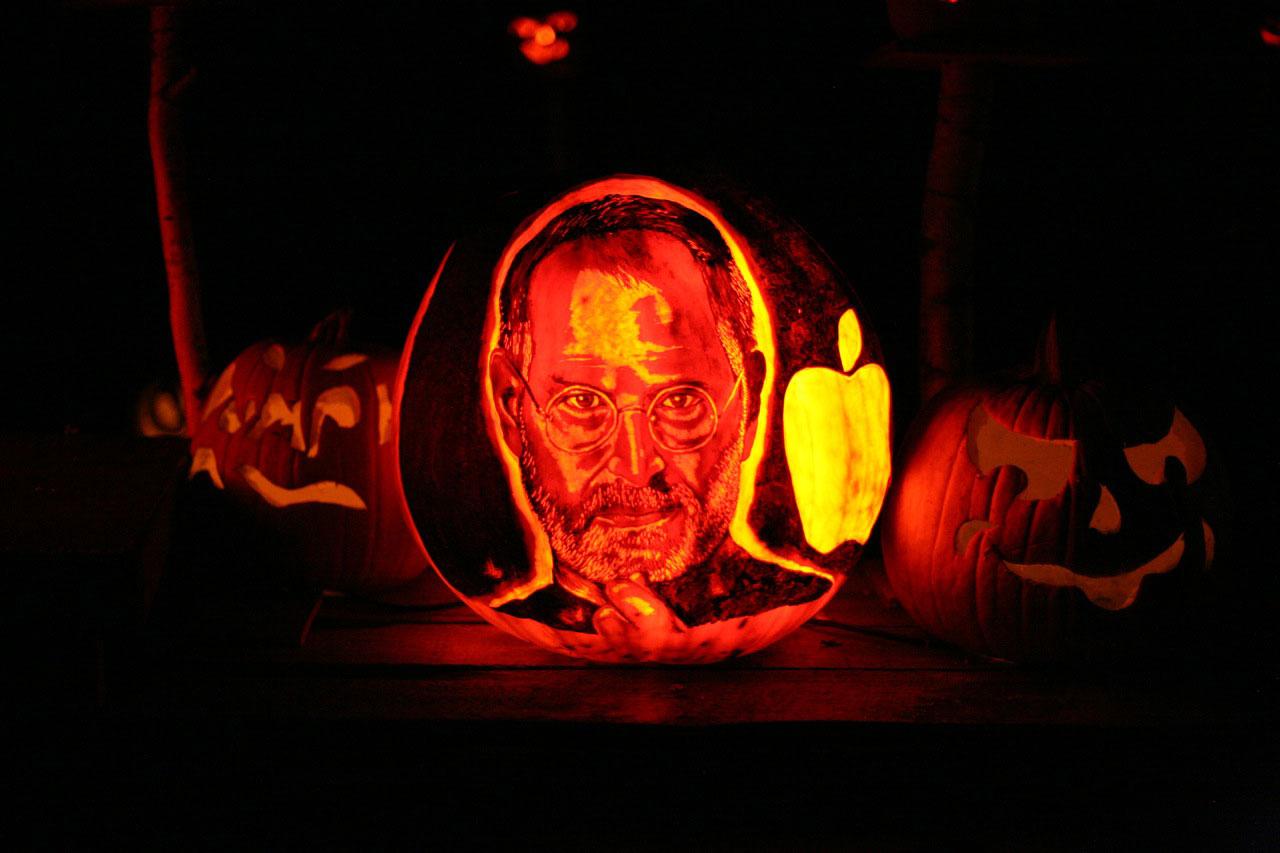 steve jobs tribute: halloween pumpkins   obama pacman