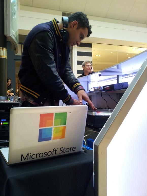 Microsoft Store Tysons Corner Mac DJ