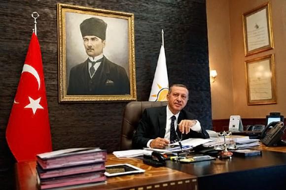 Recep Tayyip Erdogan Prime Minister Turkey uses iPad