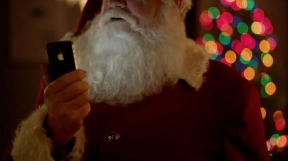 Santa iPhone 4S