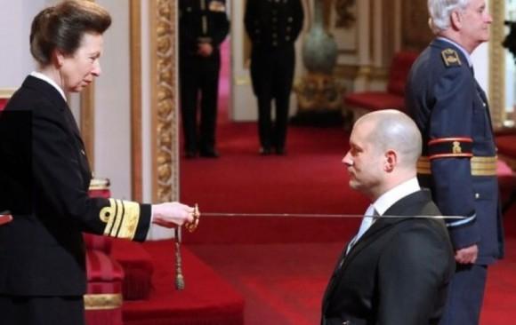 Jonathan Ive Knighted Buckingham Palace