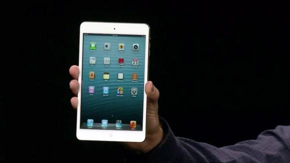 iPad mini hand